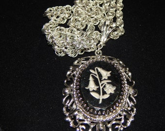 Vintage Whiting & Davis Necklace and Earrings Set Silver Tone Black Gray Floral Cameo Necklace Jewelry Set Signed