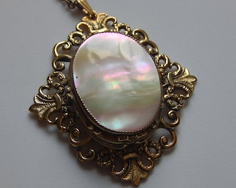 Vintage Whiting and Davis Necklace Mother Of Pearl MOP Necklace Signed Whiting and Davis