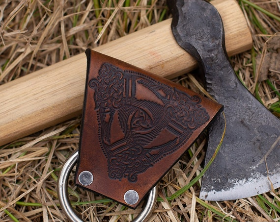 Odins Horns Throwing Axe Carrier