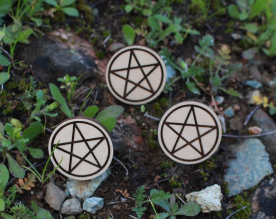 Pentacle Pagan Witchy Wood Pin