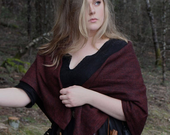 Viking Womens Square Cloak in Wool Diamond Twill With Penannular. Historial Reenactment - Cloaks - Viking age - Handmade