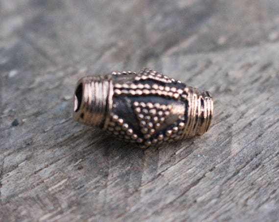 Replica Viking Age Bead.