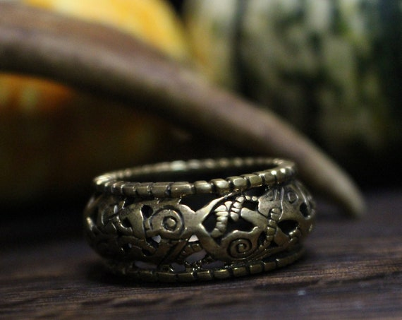 Viking Age ring with urnes style design