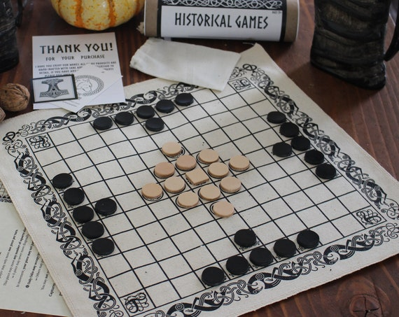 2 in 1 Hnefatafl and 12 Mens Morris