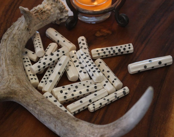 D8 Viking/Medieval Betting Bone Dice