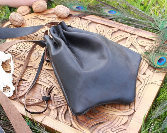 Leather Medieval Bag Shoulder Bag / Cross Body