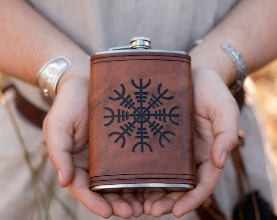 Helm of Awe Aegishjelmur Drinking Flask