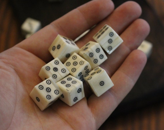 D6 Viking/Medieval Betting Bone Dice