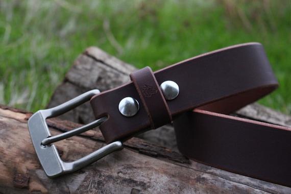 Mens Leather Belt For Rugged Lifetime Use.