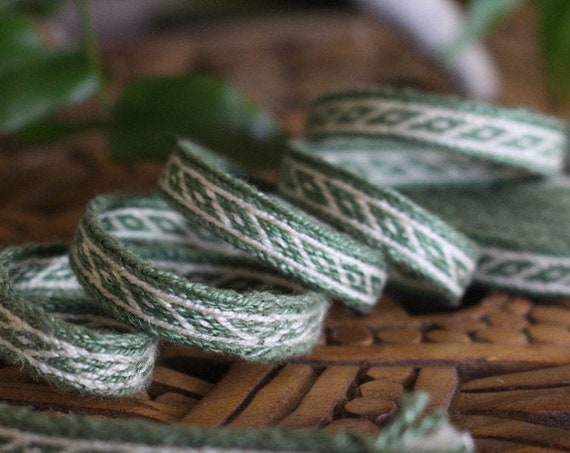 Oseberg Tablet Woven Band in Green Silk