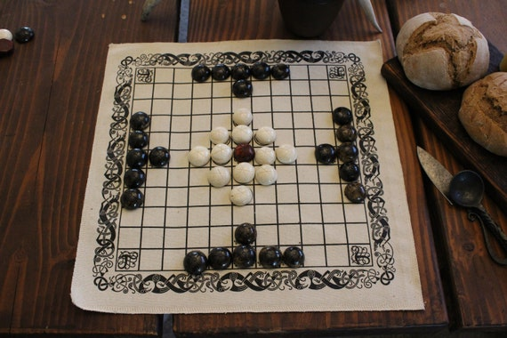 Hnefatafl Viking Chess W/ Bone Playing Pieces