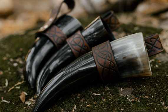 Urnes Dragon Viking Drinking Horn w/ Custom Holder