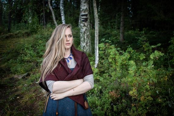 Viking Womens Square Cloak in Wool Diamond Twill With Penannular. Historial Reenactment - Cloaks - Viking age - Handmade