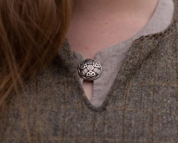 Mammen style pendant