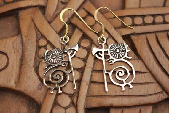 Heilung Earrings, Bronze