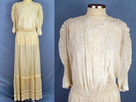 1900s Dress /  Edwardian Tea Dress / Embroidered G