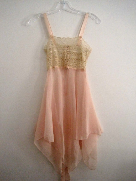 1920s Pink Silk Crepe Step-In Chemise Tenerife Lac