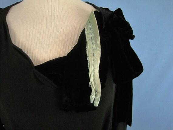 Incredible 1920s Dress / 20s Silk Dress / Silk Fr… - image 8
