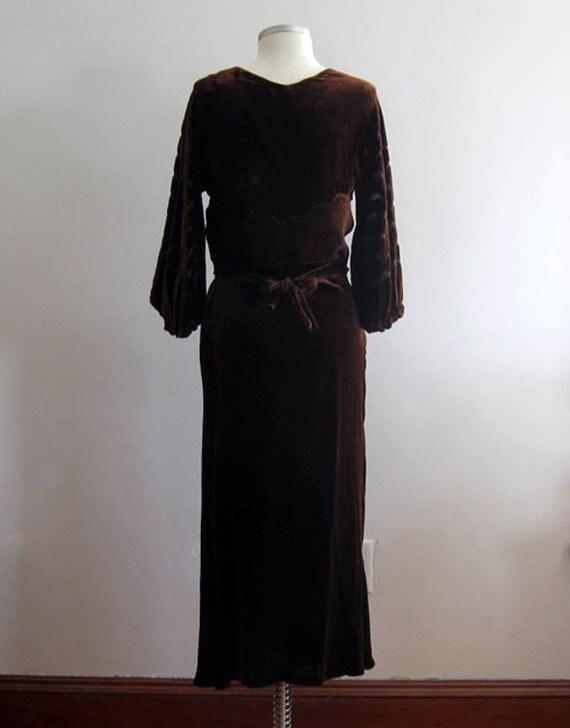 1930s Brown Velvet Gown / 30s Silk Velvet Dress /… - image 5