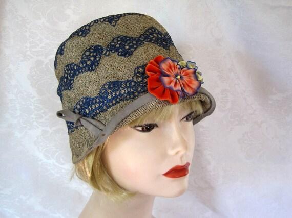 1920s Cloche Hat / 20s Cloche Hat / Embroidered St