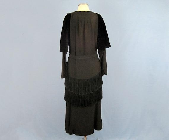 Incredible 1920s Dress / 20s Silk Dress / Silk Fr… - image 4