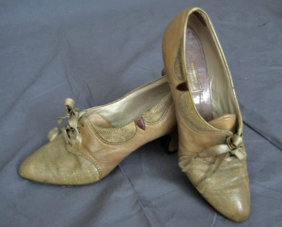 1920s Leather Shoes / 20s Tan Leather Oxford Shoes
