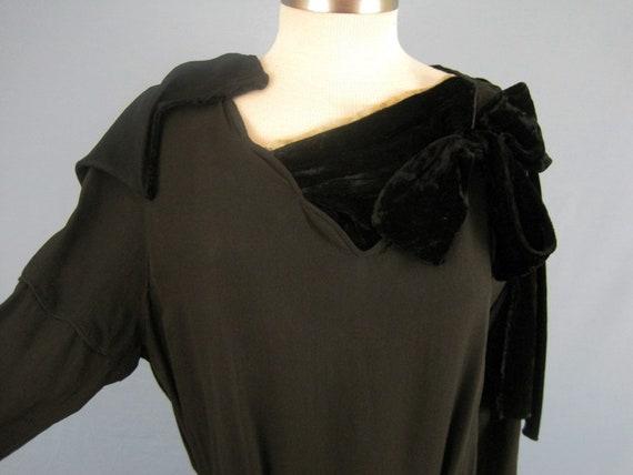 Incredible 1920s Dress / 20s Silk Dress / Silk Fr… - image 6