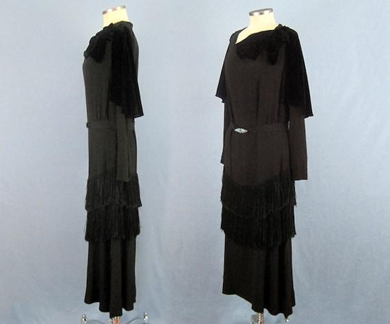 Incredible 1920s Dress / 20s Silk Dress / Silk Fr… - image 5