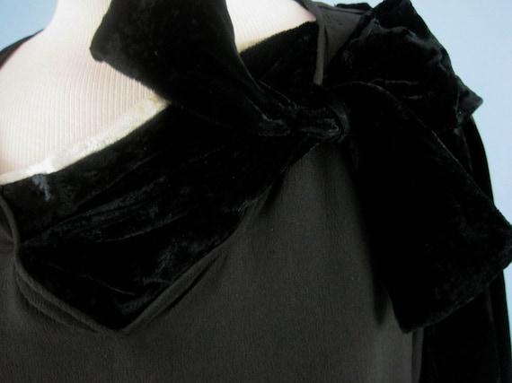 Incredible 1920s Dress / 20s Silk Dress / Silk Fr… - image 7