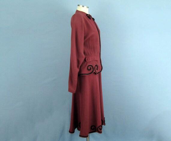 1940s Suit / 40s Suit / Tailored 2-Piece Skirt Su… - image 3