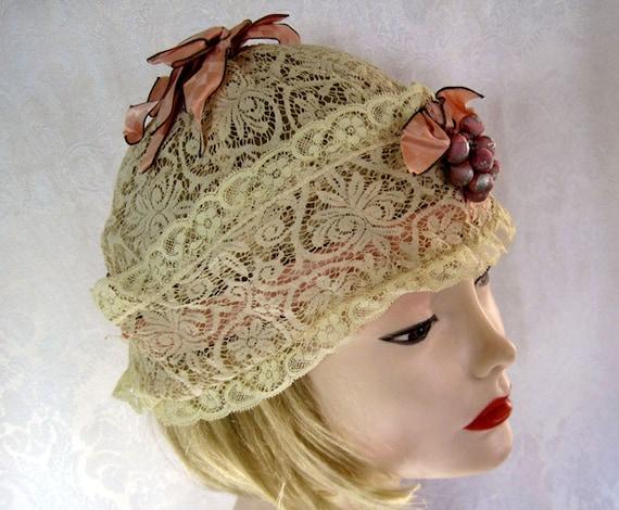 1920s Boudoir Cap / 20s Lace Boudoir Cap / Silk Ri