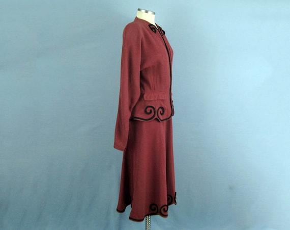 1940s Suit / 40s Suit / Tailored 2-Piece Skirt Su… - image 4