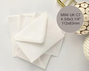 50 Petites Enveloppes Blanc Mini UK C7 Pour Note Cartes Invitations Cadeau Cardschristmas