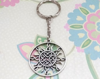 Silver Round Celtic Knot Keychain - Ready to Ship