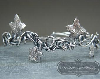 Leaf bangle ~ Leaf bracelet ~ Nature inspired bangle ~ Ivy leaf bracelet ~ Sterling silver adjustable leaf bracelet ~ Antique silver bangle