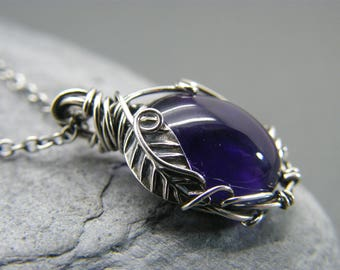 Amethyst necklace ~ Amethyst pendant ~ Sterling silver ~ Birthstone necklace ~ Nature inspired ~ Amethyst jewellery ~ Amethyst ~ Leaves