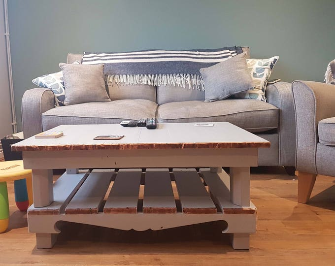 FREE UK SHIPPING Bespoke Coastal Style Reclaimed Wood Coffee Table 90cm L x 64 cm W x 40 cm H in Pebble Grey with Natural Wood Edging
