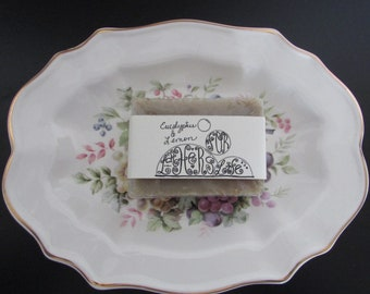 Vintage 1976 ENOCH WEDGWOOD (Tunstall) England Decorative Plate, 22K Gold Trim Avon Collectible Plate & Eucalyptus / Lemon Handmade Soap