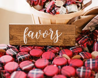 Favor Sign - Wedding favor sign - wood favor - Wooden Wedding Signs - Elizabeth collection
