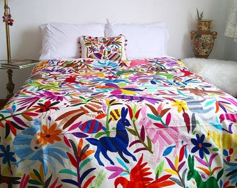 Multicolor Animals otomi textile (Please see the last picture - The Stunning otomi textile -- reserve it! made to Order