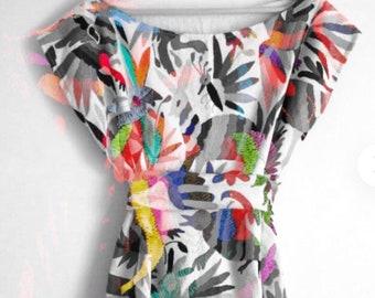 Otomi Blouse  -  otomi embroidery