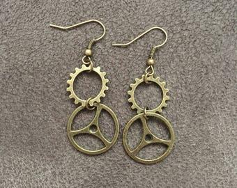 Steampunk gear drop earrings