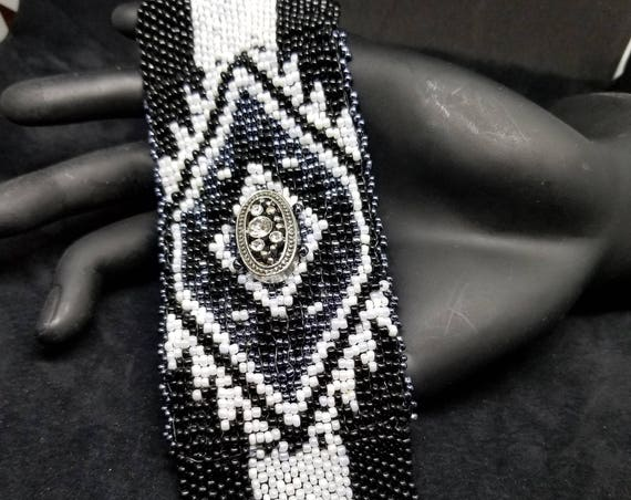 White black Swavorski bracelet Native American inspired Beadwork Dreams Raven