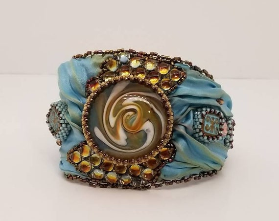 Mermaids, Silk and glass oh my! Bracelet
