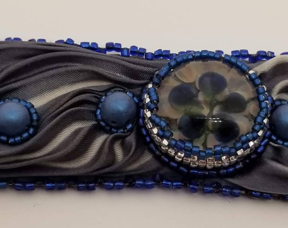 Blue, gray and silk bracelet