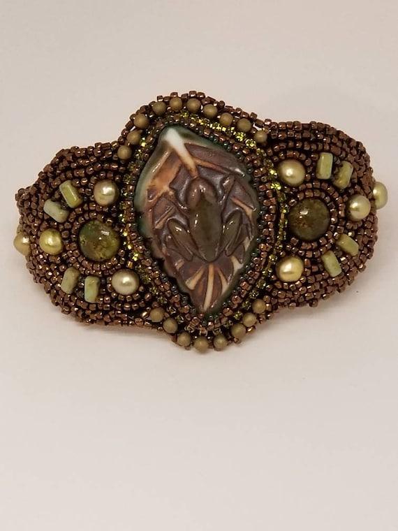 Froggy beaded bracelet Rita Caldwell Native American inspired
