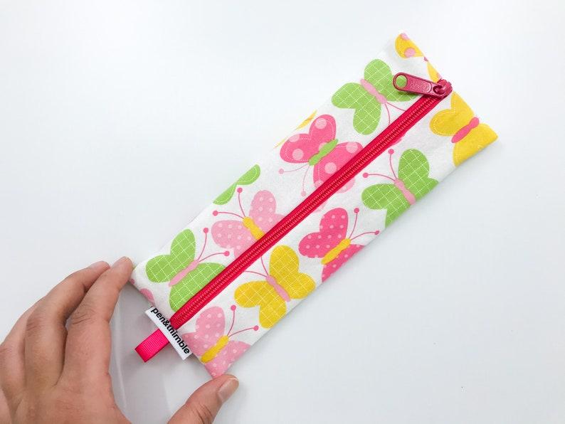 Pink Butterflies Reusable Straw Pouch with Zipper Utensil Bag image 0