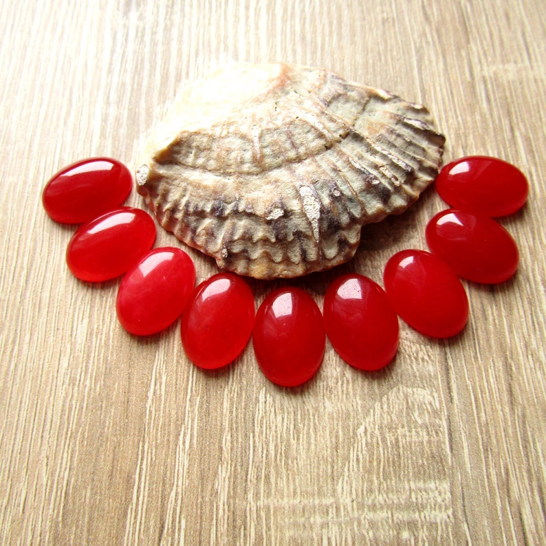 Red Jade Cabochon 18x13mm Oval Stone Cabochon Natural Red Stone Cabochon Flat back Jewelry Supplies 1pcs.