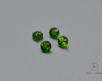 15 Pieces 8X6 MM Oval Shape Natural Chrome Diopside Cabochon Green Color Calibrated Untreated Loose Gemstone Lot Green Color Chrome Diopside