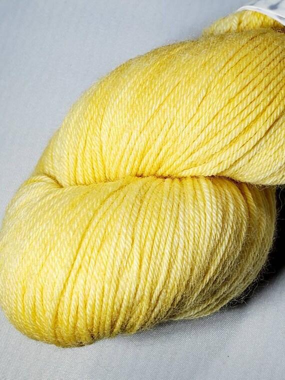 Duckling sock yarn